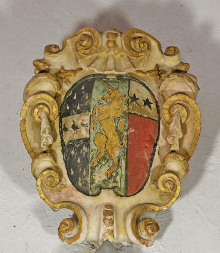 Memorials arms